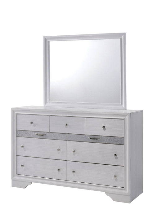 Furniture Of America Chrissy White Wood Finish Dresser With Mirror