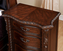 Load image into Gallery viewer, Monte Vista I CM7296DA-Q 4 Pieces Brown Cherry Queen Bedroom Set