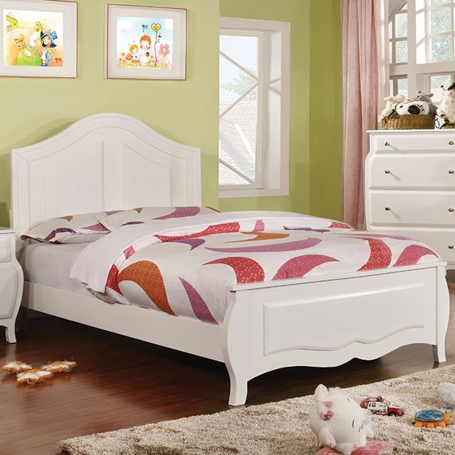 CM7940F Roxana Transitional White Full Bed