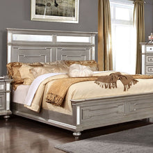 Load image into Gallery viewer, Furniture of America CM7673Q Salamanca Contemporary Silver Queen Bed