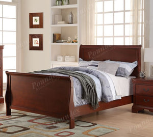 Poundex Cherry Wooden Finish Full Bed