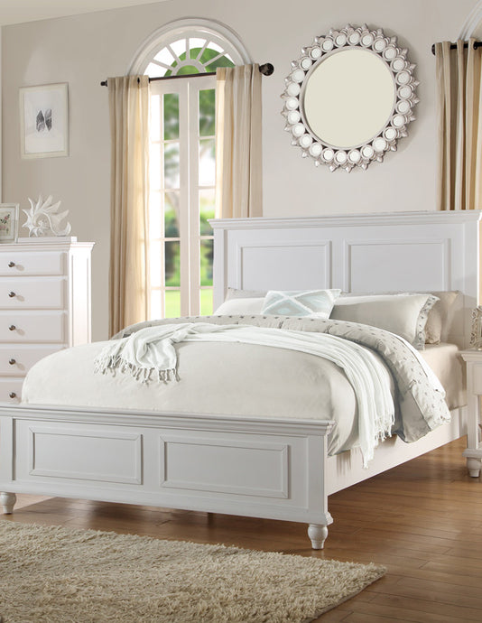 Poundex White Wood Finish Queen Bed