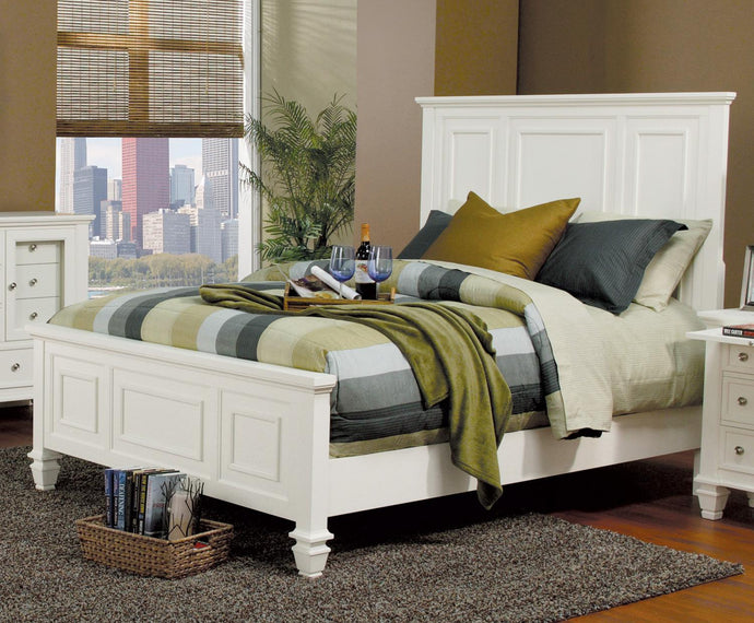 Coaster Sandy Beach White Classic Queen High Headboard Bed