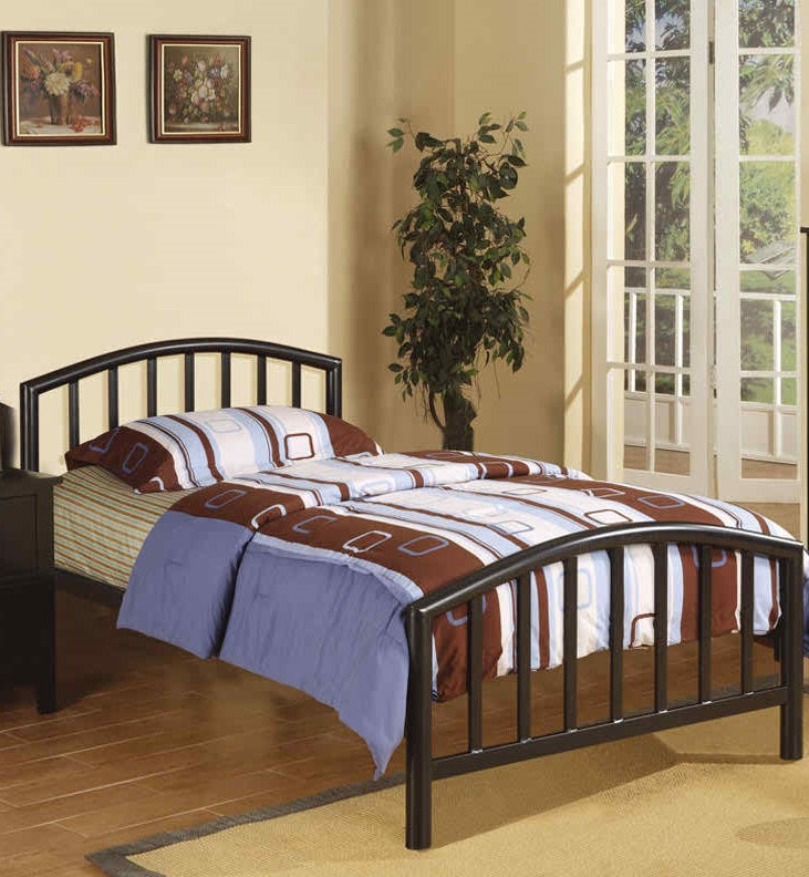 Poundex Black Bedroom Metal Platform Full Bed