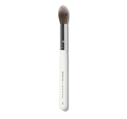 MORPHE X JACLYN HILL JH07 UNDER-EYE POWDER BRUSH