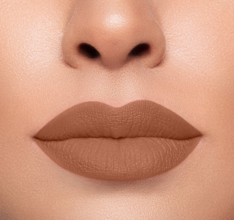 MEGA MATTE LIPSTICK - CONFESS ON MODEL
