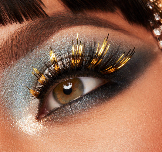 PREMIUM LASHES - CONFETTI ON MODEL