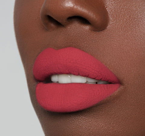 MATTE LIQUID LIPSTICK - PHATTY ON MODEL