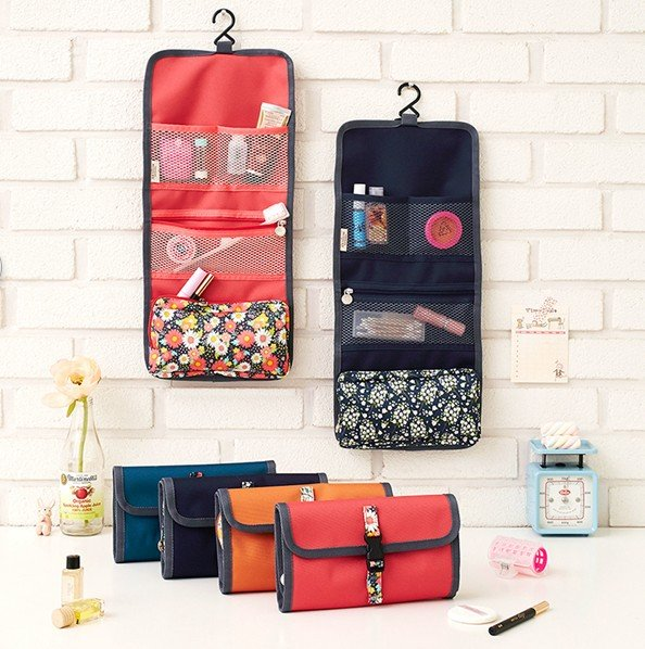 Hanging Cosmetics Foldable Makeup Bag Toiletries Pockets Compartment Travel Jewelry Organizer Storage Bag