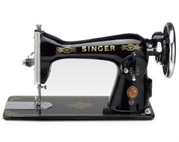 SINGER 15CH Sewing Machine with Handle and 196 Carry Case