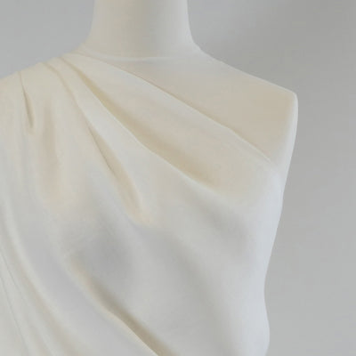 Clare White 100% Pure Linen Woven Fabric Mannequin Closeup Image from Patternsandplains.com