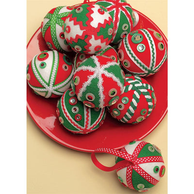 McCall's Pattern M5778 Holiday Decorations 5778 Image 9 From Patternsandplains.com.jpg