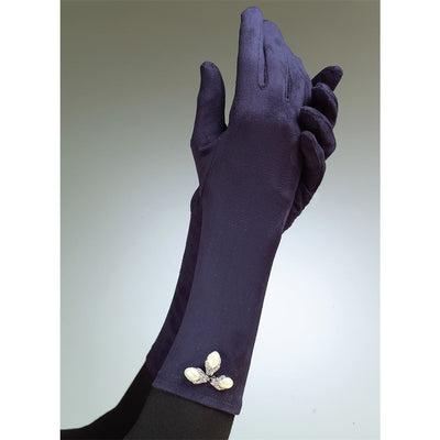 Vogue Pattern V8311 Gloves 8311 Image 9 From Patternsandplains.com.jpg