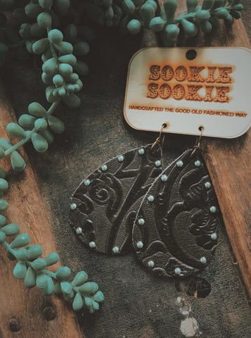 Sookie Sookie Tooled Black Leather earrings with added Nail Heads