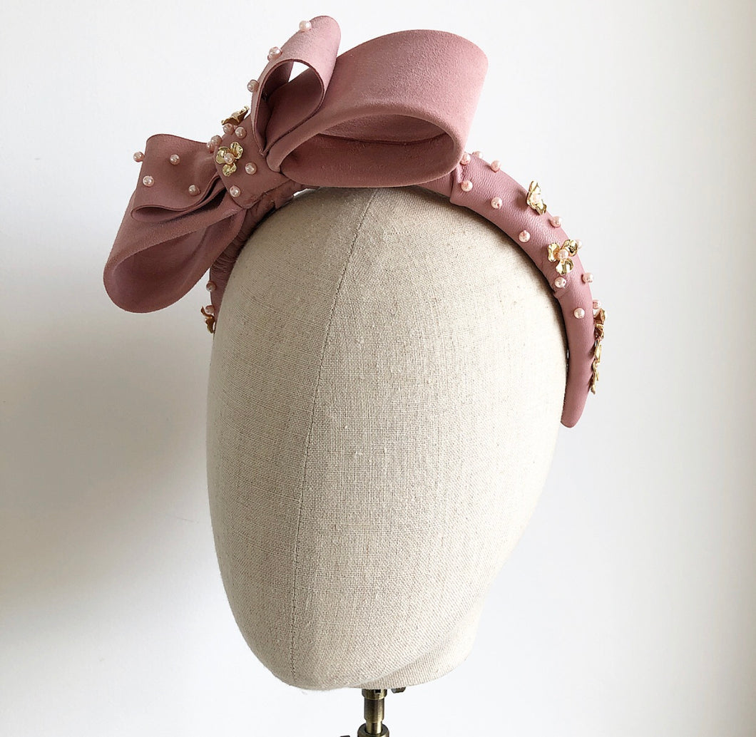 Gretchen bow crown