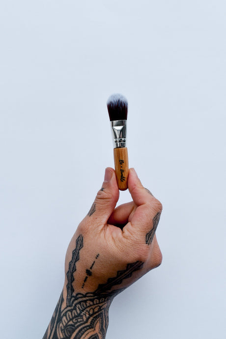 Be + Humble Mask Brush