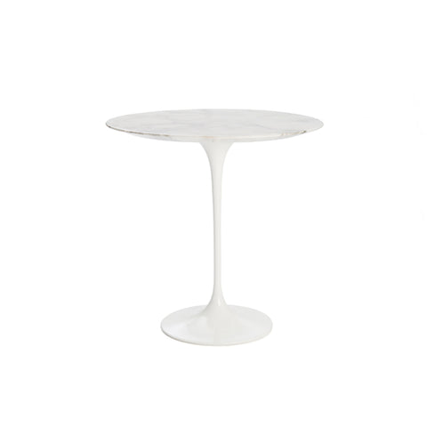 Knoll International<br><b> Saarinen Tulip Beistelltisch</br></b>
