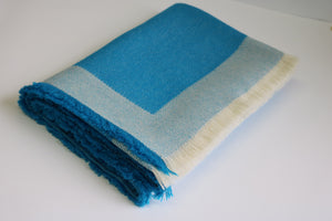 alicia peru classic baby alpaca room throw - turquoise