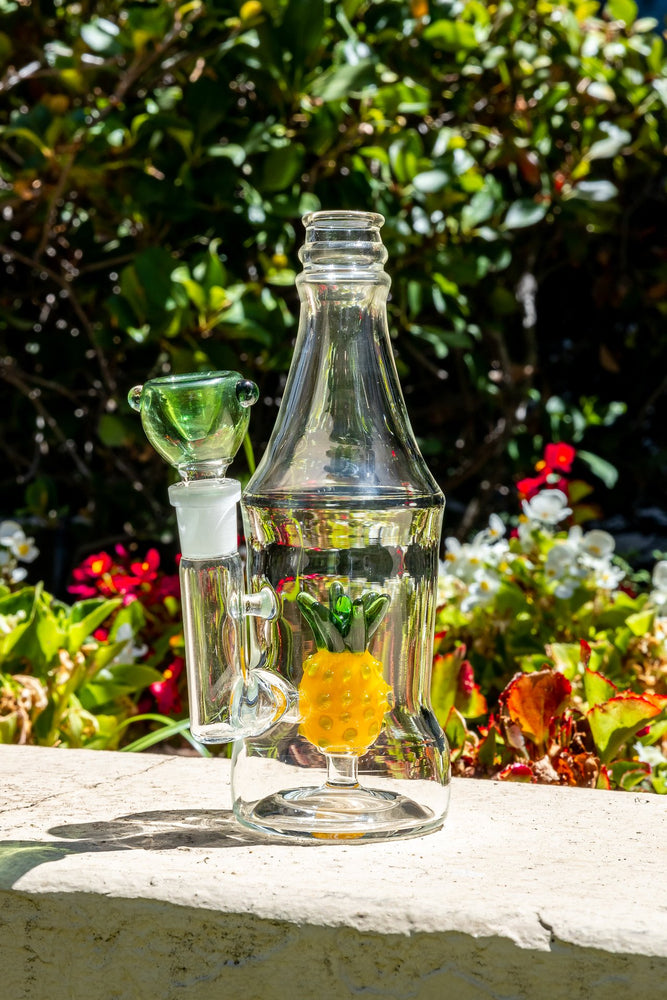 "6"" Pineapple Bottle Bong"