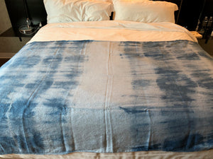 """Las Vegas"" Indigo Shibori Linen Throw"
