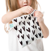 Load image into Gallery viewer, Bumkins Sandwich Bag / Snack Bag - Black Hearts