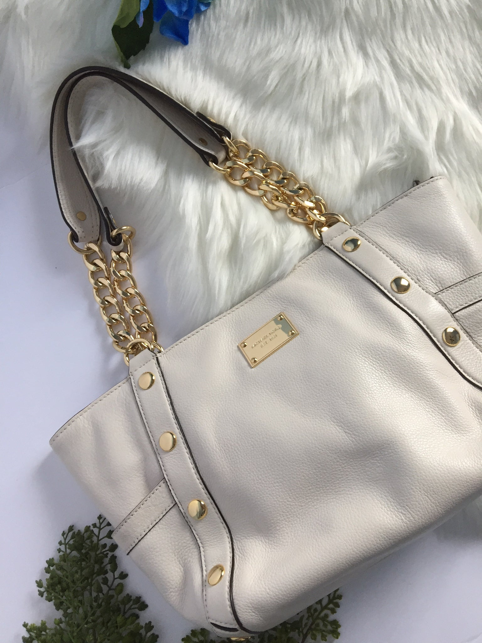2952e99f1ebc MICHAEL KORS | Delancy Ivory Pebbled Leather Gold Chain Satchel ...