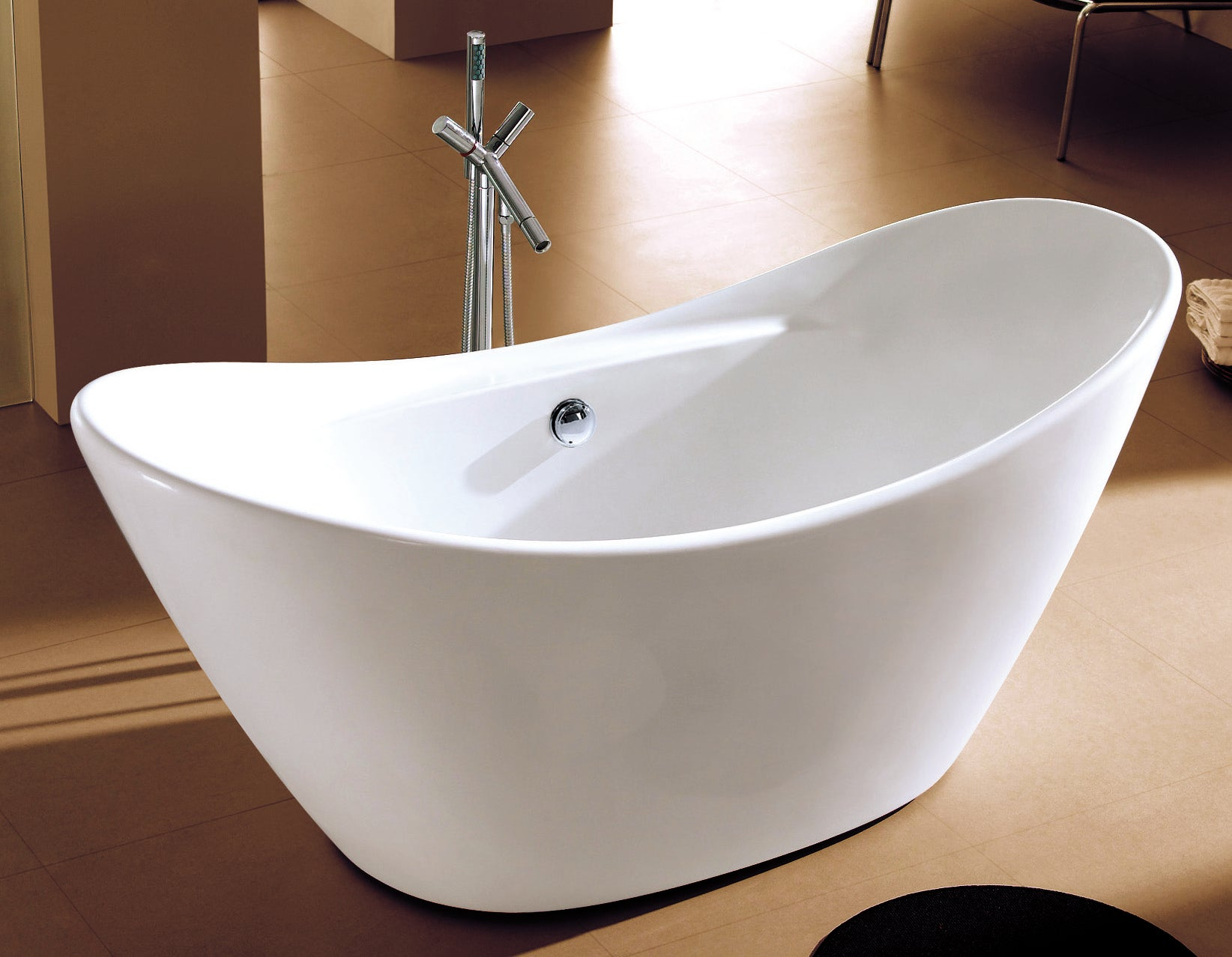 AB8803 - 68 Inch - White Oval Acrylic Free Standing Soaking Bathtub ...