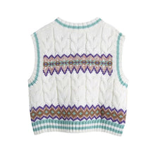 Load image into Gallery viewer, Leia Loose Cropped Cable-Knit Vest Sweater