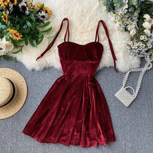 Load image into Gallery viewer, Scarlett Vintage Velvet Dress