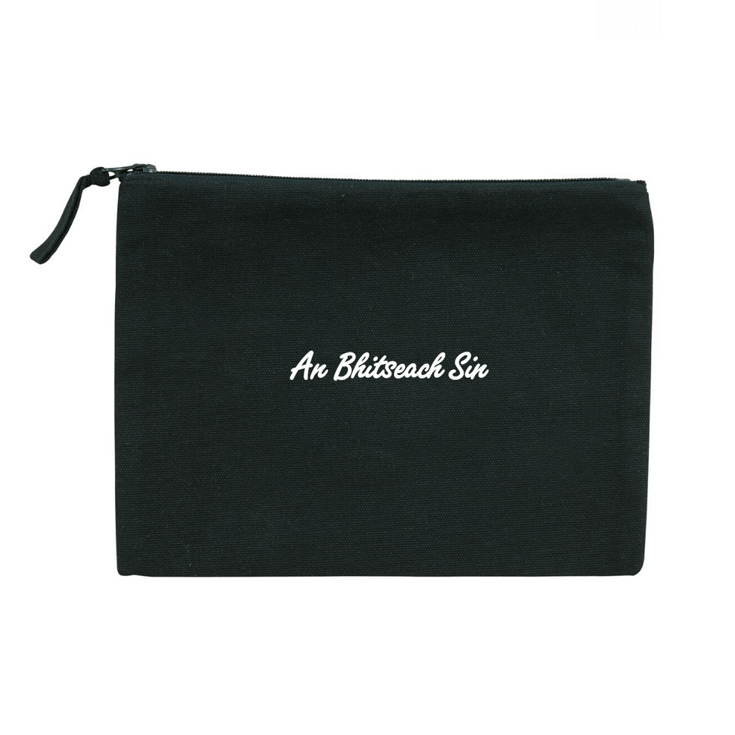 An Bhitseach Sin / That Bitch :  Minizip Bag - Beanantees