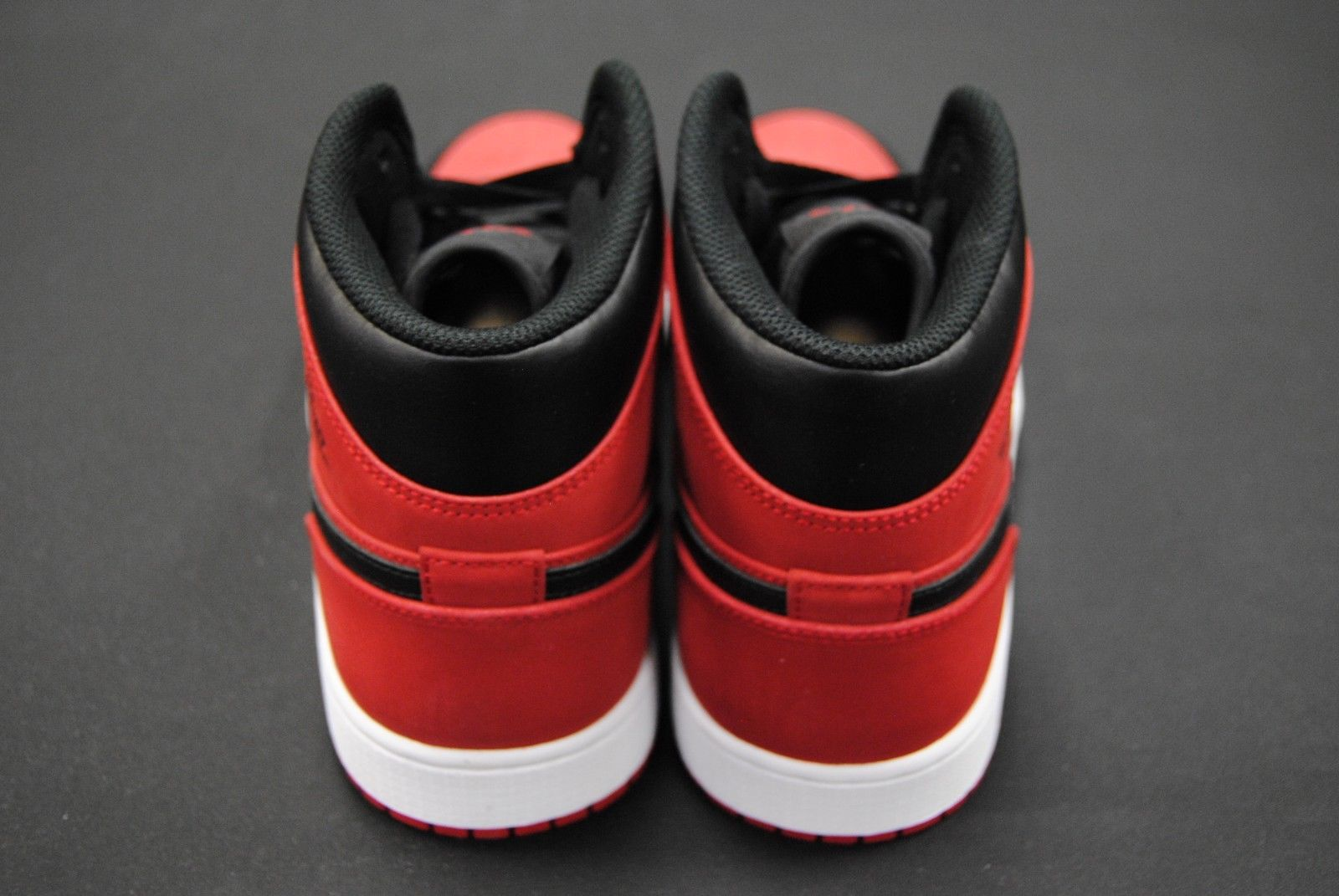 [554724 610] NEW MEN'S AIR JORDAN 1 MID GYM RED BLACK WHITE JO1375