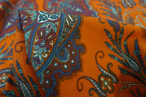 Lady Paisley Red