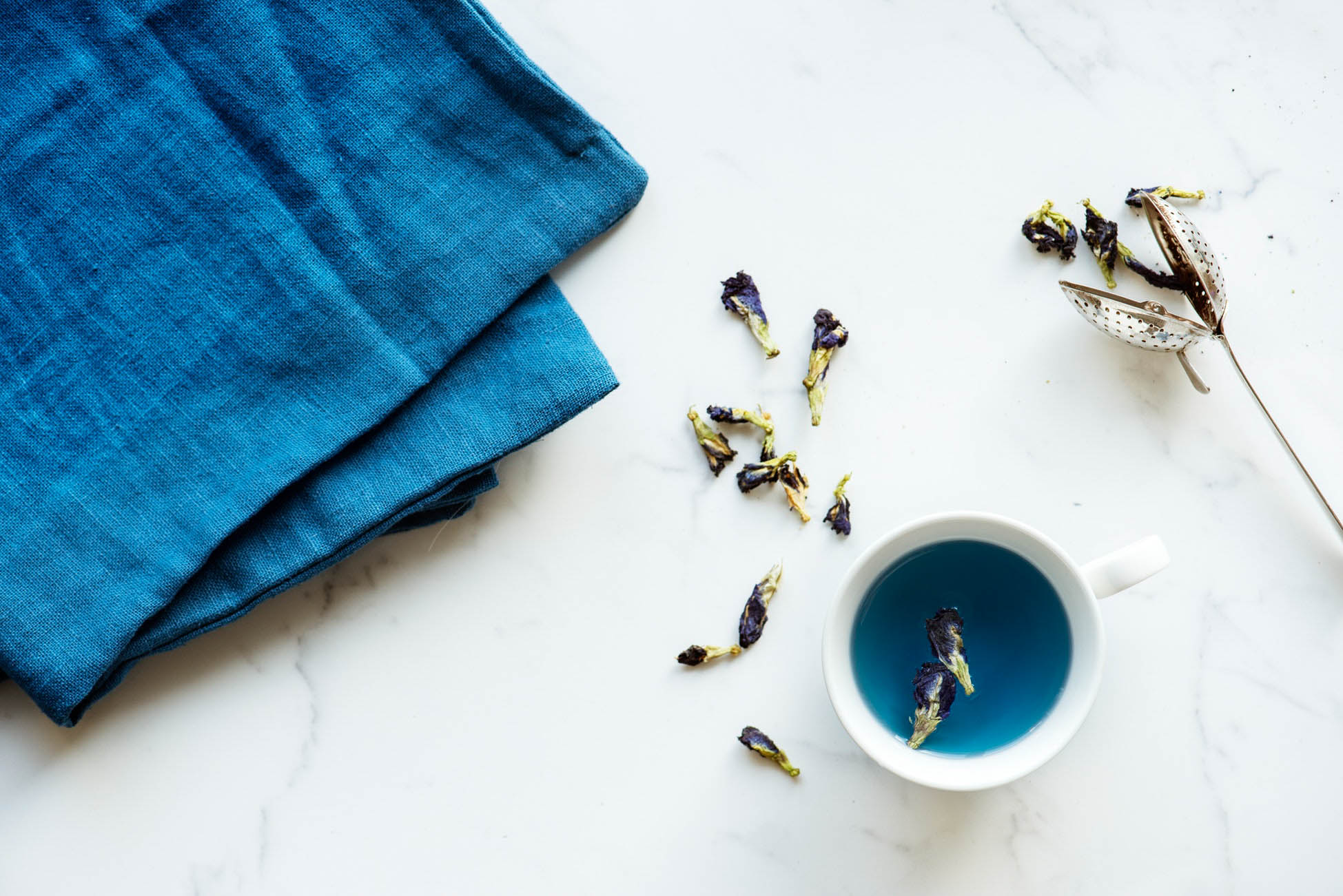 Blue linen with dye flowers