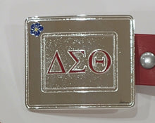 Load image into Gallery viewer, BELT BUCKLE DELTA SIGMA THETA