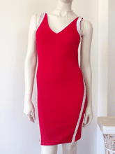 Load image into Gallery viewer, BODYCON RHINESTONE TRIM