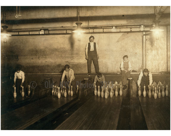 1 AM Pin boys working in a bowling alley Brooklyn NY Old Vintage Photos and Images