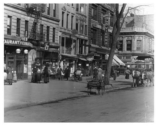104th Street & Broadway - Upper West Side - New York, NY 1910 Q5 Old Vintage Photos and Images
