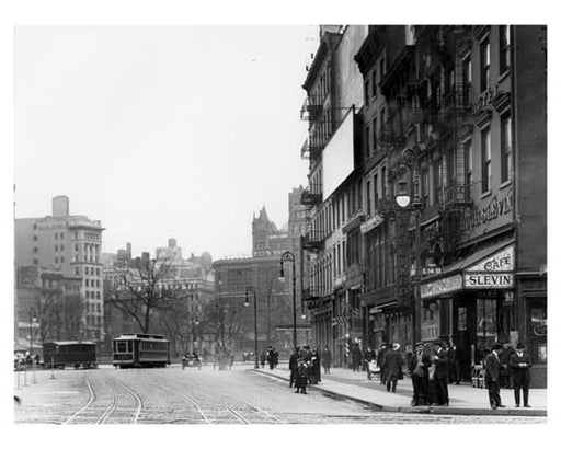 14th Street & 4th Avenue - Greenwich Village - Manhattan, NY 1916 I Old Vintage Photos and Images