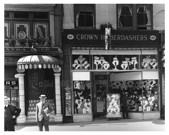 14th Street & 4th Avenue - Greenwich Village - Manhattan, NY 1916 D Old Vintage Photos and Images