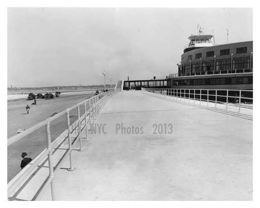 1939 Municipal Airport  (La Guardia) - East Elmhurst  - Queens - NYC Old Vintage Photos and Images