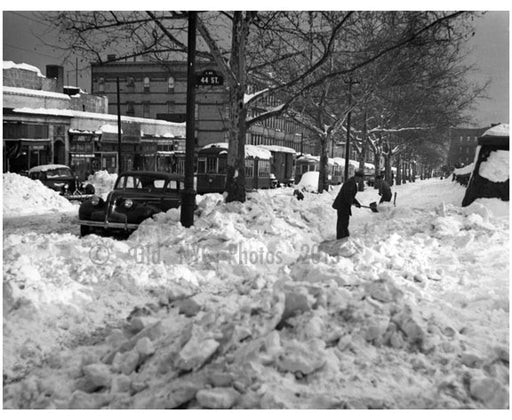 44th & 5th Avenue under snow Old Vintage Photos and Images
