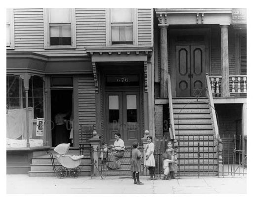 674-676 Metropolitan  Avenue  - Williamsburg - Brooklyn, NY 1916 VI Old Vintage Photos and Images