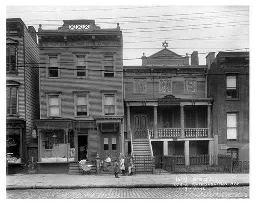 674-676 Metropolitan  Avenue  - Williamsburg - Brooklyn, NY 1916 V Old Vintage Photos and Images
