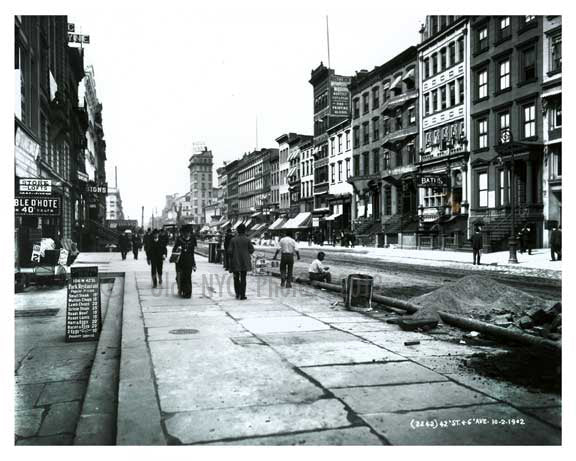 6th Avenue & 42nd Street 1901 - Midtown - New York, NY 1901 Old Vintage Photos and Images