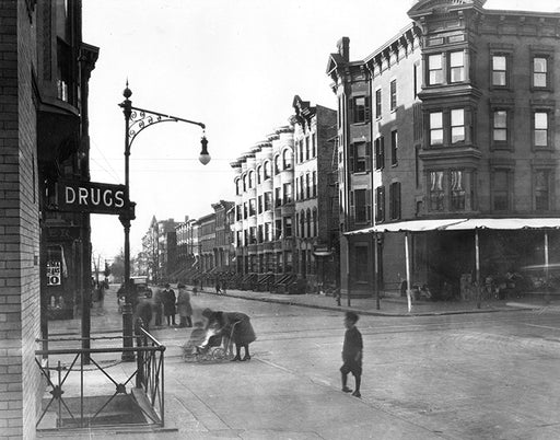 First Street northwest to Seventh Avenue formerly the Port Road during the 1776 Battle of Brooklyn, 1922