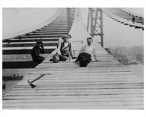 Workers Take A Break On Manhattan Bridge Construction 1907