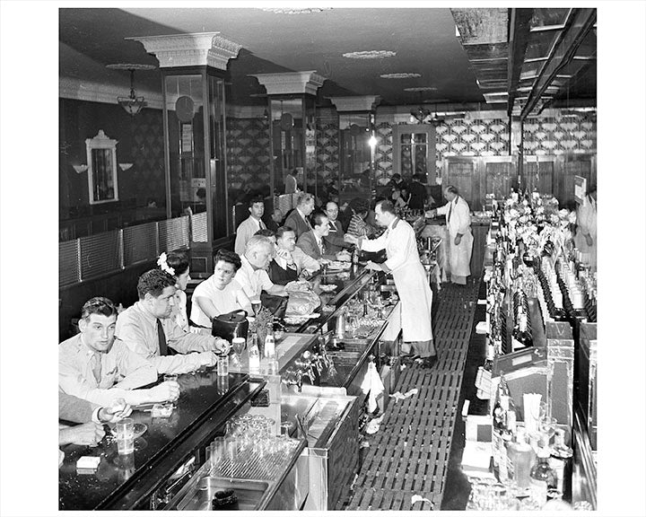 Interior Bar NYC 1940s Manhattan