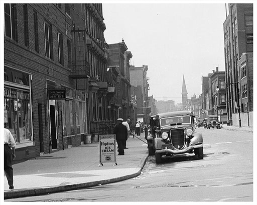 Scholes Street west from Manhattan Avenue, Williamsburg Brooklyn - 1936