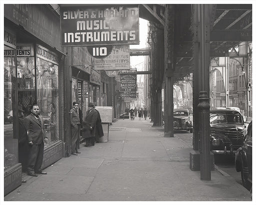 Silver & Horland Musical Instruments, Park Row New York City - 1944