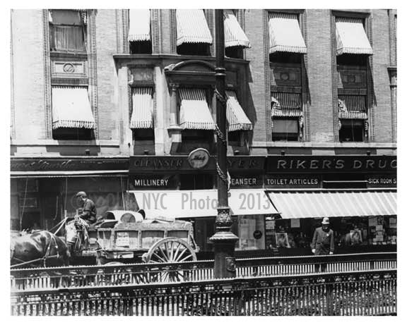 Alternate view of 72nd Street Station - Upper West Side - New York, NY 1910 AA Old Vintage Photos and Images